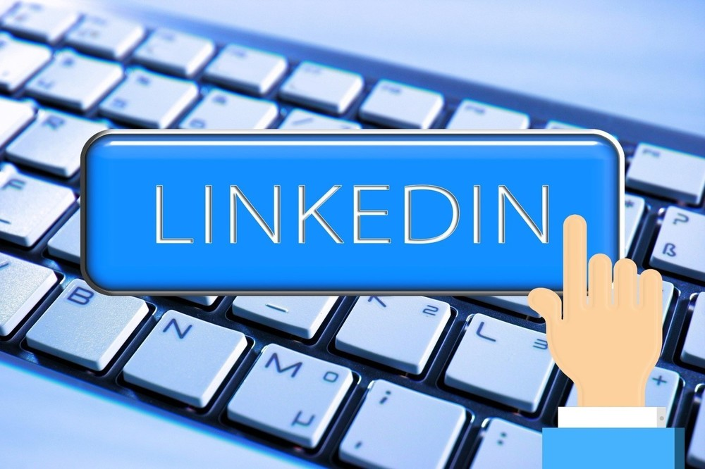 Content efficiently using linkedin to find translation clients